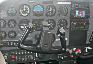 Flight School C172R Avionics